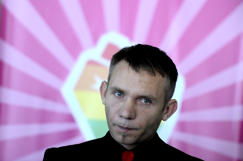 ĐURICA STANKOV, LGBT I HIV AKTIVISTA OTVORIO NEDELJU PONOSA